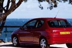 Peugeot 206 3 durvis hečbeka foto attēls 2