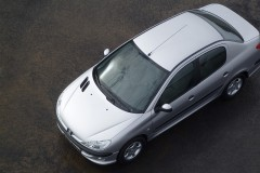 Peugeot 206 sedana foto attēls 2