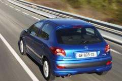 Peugeot 206 hečbeka foto attēls 13