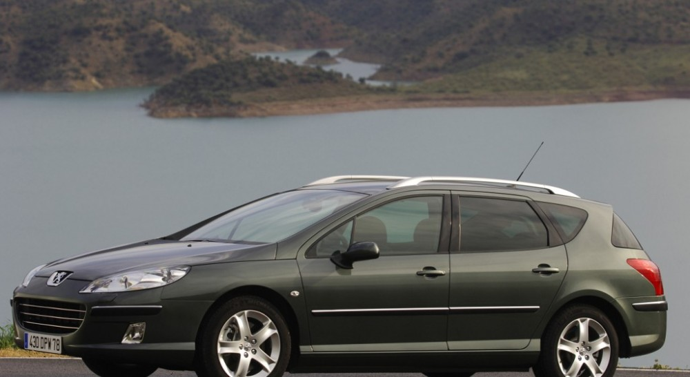 peugeot 407 estate car wagon 2004 2008 reviews technical data rh auto abc eu Peugeot 207 Sport Peugeot 407 SW HDI
