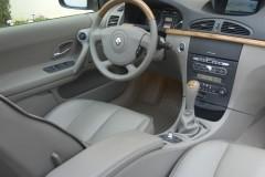 Renault Laguna hečbeka foto attēls 9