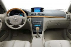 Renault Laguna universāla foto attēls 9