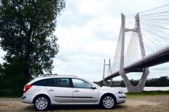 Renault Laguna universāla foto attēls 2