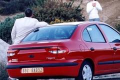 Renault Megane sedan photo image 1