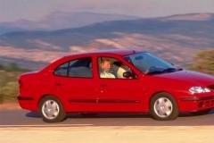 Renault Megane sedan photo image 4