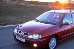 Renault Megane universāla foto attēls 2