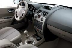 Renault Megane sedana foto attēls 8