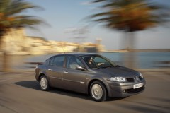 Renault Megane sedana foto attēls 2
