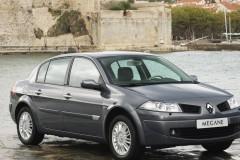 Renault Megane sedana foto attēls 6