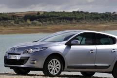 Renault Megane hečbeka foto attēls 5