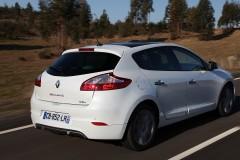 Renault Megane hečbeka foto attēls 7