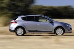 Renault Megane hečbeka foto attēls 11