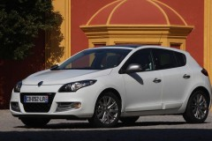 Renault Megane hatchback photo image 1