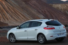 Renault Megane hatchback photo image 9