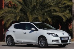 Renault Megane hatchback photo image 6