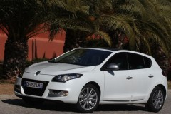 Renault Megane hatchback photo image 5