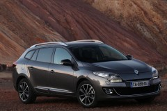 Renault Megane estate car photo image 11