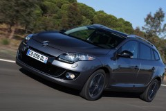 Renault Megane estate car photo image 8
