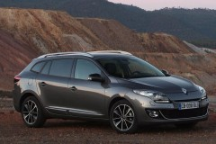 Renault Megane estate car photo image 4