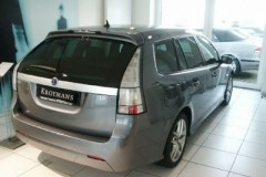 SAAB 9-3 estate car photo image 13