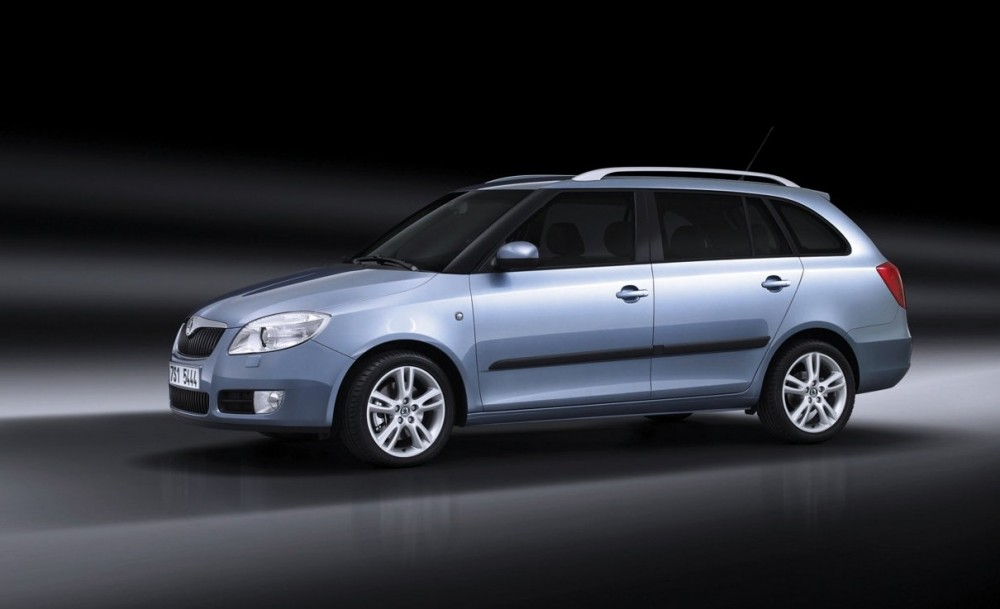 skoda fabia estate car wagon 2008 2010 reviews technical data prices. Black Bedroom Furniture Sets. Home Design Ideas