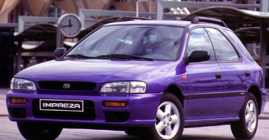 Subaru Impreza 1993 foto attēls