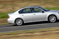 Subaru Legacy sedan photo image 1