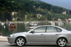 Subaru Legacy sedan photo image 4