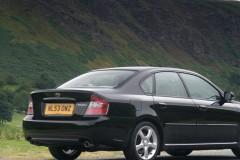 Subaru Legacy sedan photo image 5