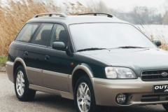 Subaru Outback estate car photo image 1