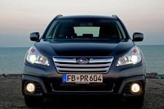 Subaru Outback estate car photo image 20