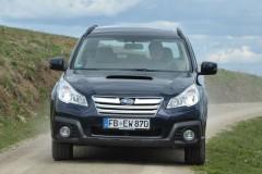 Subaru Outback estate car photo image 17
