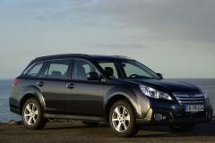 Subaru Outback estate car photo image 9