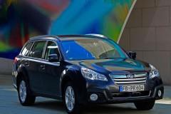 Subaru Outback estate car photo image 10