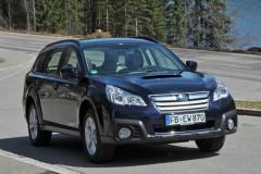 Subaru Outback estate car photo image 13