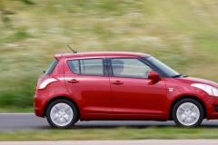Suzuki Swift hatchback photo image 4
