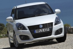 Suzuki Swift hatchback photo image 5