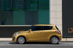 Suzuki Swift hečbeka foto attēls 1