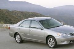 Toyota Camry sedana foto attēls 5