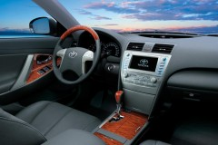 Toyota Camry sedan foto 1