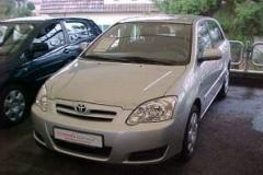 Toyota Corolla hatchback foto 9