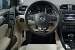 Volkswagen Golf hečbeka foto attēls 12