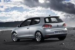 Volkswagen Golf 3 durvis hečbeka foto attēls 15