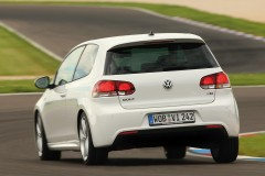 Volkswagen Golf 3 durvis hečbeka foto attēls 9