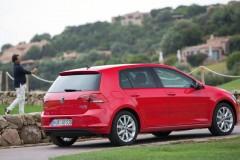 Volkswagen Golf hečbeka foto attēls 11