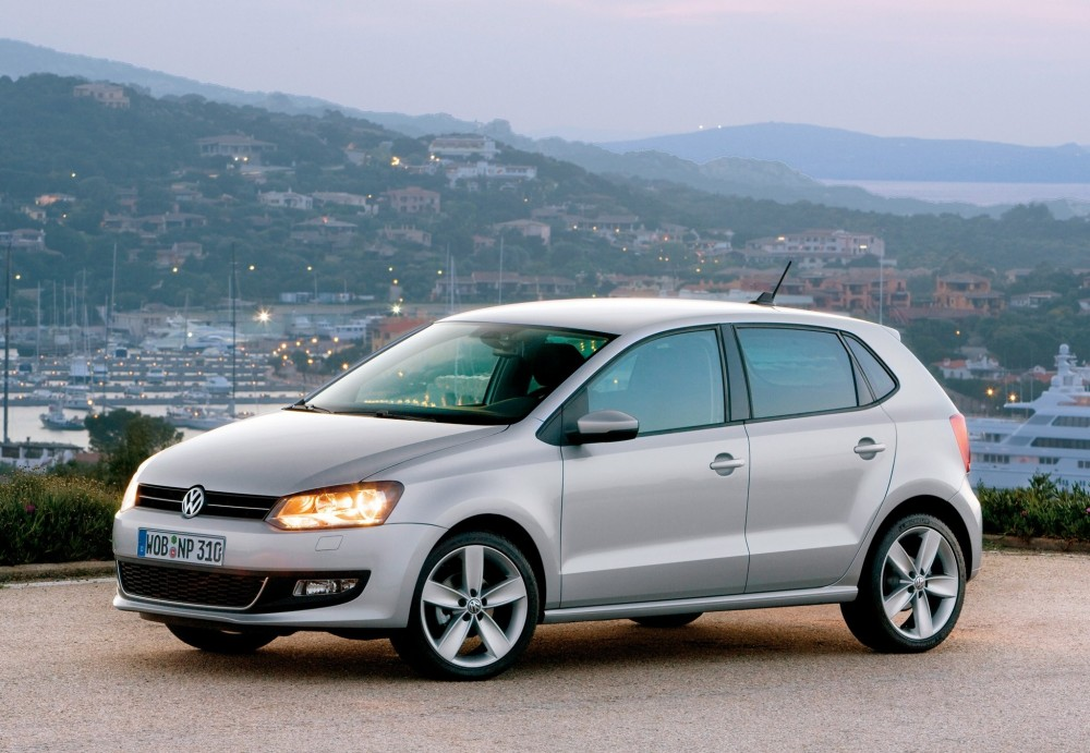 volkswagen polo hatchback 2009 2014 reviews technical data prices. Black Bedroom Furniture Sets. Home Design Ideas