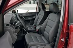 Volkswagen Touran minivena foto attēls 5