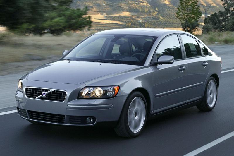 volvo s40 sedan 2004 - 2007 reviews, technical data, prices