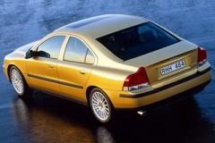 Volvo S60 sedan photo image 1
