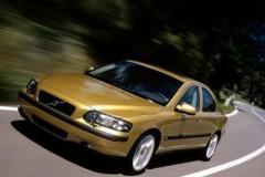 Volvo S60 sedan photo image 16